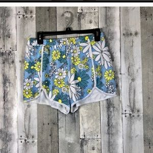 Rare Wildfox couture daisy wallpaper shorts reposh